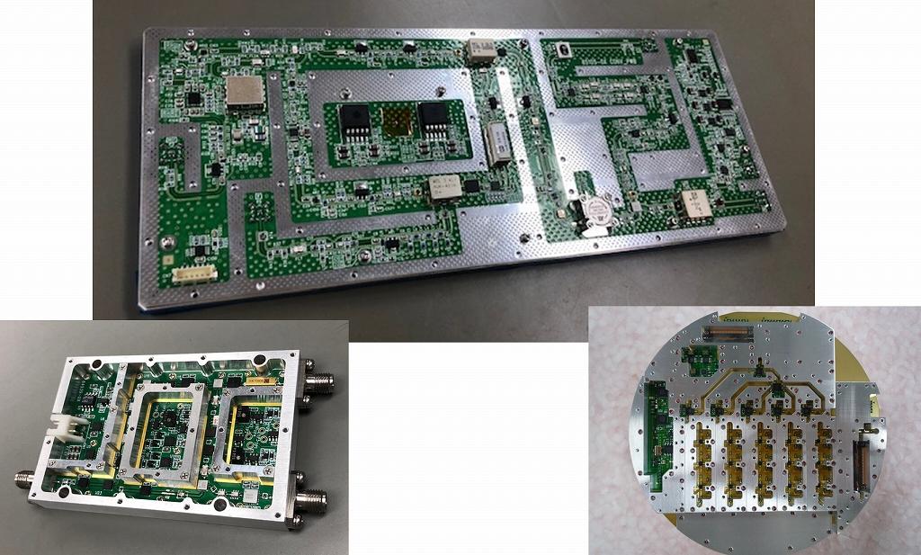 オリエントマイクロウェーブ社の製品群その1:アップダウンコンバータ(左下)、ダウンコンバータ(中央上と右下)